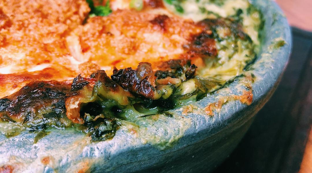 La Hormiga: platos grandes y clásicos.